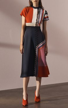 Singapore-born, Kathmandu-bred designer Prabal Gurung calls New York home, and this season he delivers a new coolness with signature elegance. Don't miss the great suiting (we love the ivory with its flounce-sleeve blazer), new chunky cashmere knit pants and silk floral dresses with sheer chiffon panels.