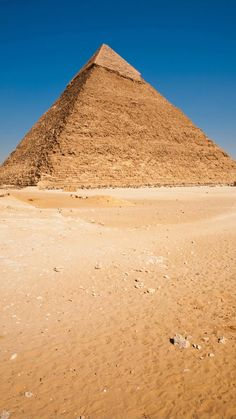 Egypt Travel, Africa Travel, Pyramids Of Giza, Giza Egypt, Luxor Egypt, Morocco Travel, Ancient Egypt, Cool Places To Visit, Travel Inspiration