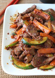 Korean Beef Stir-Fry with Vegetables recipe by SeasonWithSpice.com