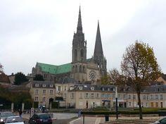 De volta à Paris   Uma visita à Chartres