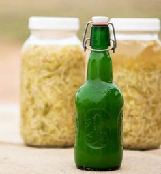 This Master Tonic Recipe is the same used by grandmothers for years. Watch the video to learn how easy it is! Each ingredient has valued health benefits to build your immune system! Healthy Snacks For Kids, Healthy Dinner Recipes, Master Tonic, Health Meal Prep, Cheesy Recipes, How To Cook Steak, Gut Health, Immune System, Natural Remedies