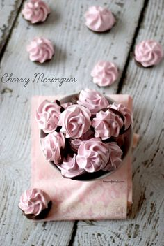 Light and airy meringue cookies with a hint of cherry flavor! Each crisp little meringue is dipped in decadent dark chocolate to make these an extra special treat! Cookie Flavors, Cookie Desserts, Just Desserts, Delicious Desserts, Candy Recipes, Sweet Recipes, Cookie Recipes, Dessert Recipes, Meringue Cookies