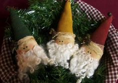 My Primitive Santa Trio Ornies Epattern Primitive Christmas Ornaments, Primitive Santa, Prim Christmas, Santa Ornaments, Christmas Images, Christmas Crafts, Christmas Ideas, Christmas Stuff, Winter Christmas