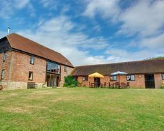 Magnifient barn conversion is farm setting