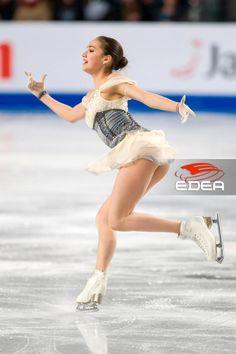 Ladies – Ice Skates – Edea – Best Of Likes Share Fit Black Women, Sexy Women, Ice Skating, Figure Skating, Alina Zagitova, Ice Girls, Skate Girl, Medvedeva, Gymnastics Girls