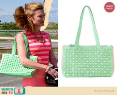 Paige's green studded bag on Royal Pains.  Outfit Details: http://wornontv.net/34040/ #RoyalPains