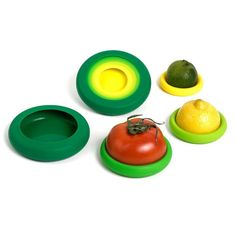 Getting your is easier, fresher, and more affordable with this smart set of silicone Food Huggers. Pop leftover fruits and vegetables into these flexible huggers to keep them fresh for your next snack or meal. Allergies Alimentaires, Food Huggers, Genius Ideas, Amazing Ideas, Awesome, Leftovers Recipes, Fresh Green, Fruits And Vegetables, Food Storage