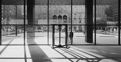 Photo: Ezra Stoller. Seagram Building, New York, Mies van der Rohe with Philip Johnson, architects.