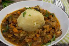 Pilzgulasch mit Kartoffelknödeln