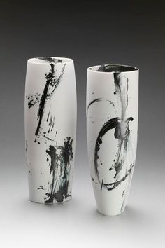 Glazing: white underglaze with splashes of glaze and clear to coat.