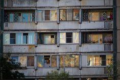 PhotoGraphist: В соседнем доме окна желты