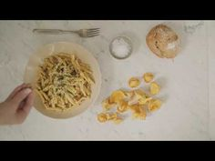 Pasta Fungo   Savuhovi - YouTube Easy White Bread Recipe, Bread Recipes, Pasta, Ethnic Recipes, Youtube, Food, Essen, Noodles