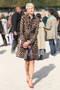 The mix of leopard spots, beads, glitz, and a pop of red is so spot-on, and eclectic-chic without trying too hard.