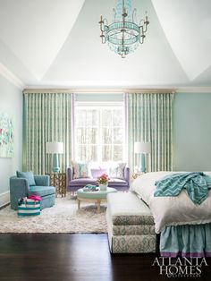 Atlanta interior designer Mallory Mathison Glenn of Mallory Mathison Inc. absolutely blew me away with this estate featured in Atlanta Homes & Lifestyles! The talented design… Dream Bedroom, Home Bedroom, Girls Bedroom, Master Bedroom, Bedroom Decor, House Of Turquoise, Bedroom Turquoise, Bedroom With Sitting Area, Atlanta Homes