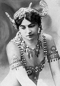 Matahari - dancer - spy  Life lesson : charms are the deadliest weapon