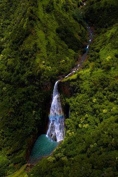 Rainbow Waterfall, kauai