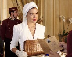 el tiempo entre costuras- A TIME TO REMEMBER starring this beautiful lady and award winning ADRIANA UGARTE ..... Great TV series from Spain 2013/2014 !!
