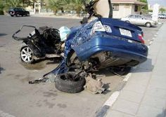BMW accident in kuwait.    More photos; http://www.catchacrash.com/listings/400/BMW_accident_in_kuwait