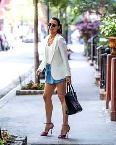 Andi Dorfman en Greenwich Tweed, Andi Dorfman, Vogue, Couture, Dress With Bow, Go Shopping, Boss Lady, Business Casual, Denim Skirt