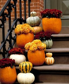 Fall front porch step decor
