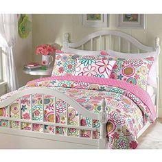 Girls reversible flower and polka dot quilt set