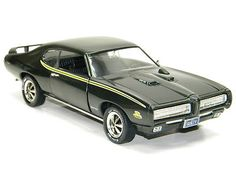 1969 PONTIAC GTO GREEN JUDGE Ertl 1:18 Scale NEW Model Car AMERICAN MUSCLE CAR