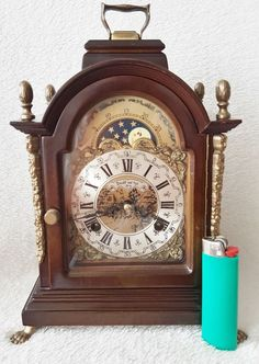 Ends today on @eBay this Stunning Dutch Bracket Clock Vintage Dutch Nut Wood Moon Phase Hermle  http://www.ebay.co.uk/itm/Stunning-Dutch-Bracket-Clock-Vintage-Dutch-Nut-Wood-Moon-Phase-Hermle-Double-Bel-/391563649379?roken=cUgayN …