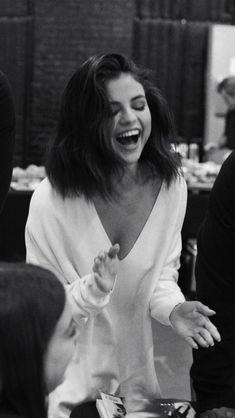 Top Picks Selena Gomez Hairstyles – My hair and beauty Estilo Selena Gomez, Selena Gomez Fotos, Selena Gomez Pictures, Selena Gomez Tumblr, Selena Gomez Short Hair, Justin Bieber Selena Gomez, Selena Gomez Smiling, Selena Gomez Photoshoot, Selena Gomez Cute