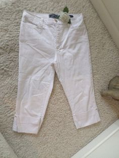 NOT YOUR DAUGHTERS JEANS CAPRI 14P~NYDJ RELAX FIT CROP RHINESTONE 14P~95% NEW #NotYourDaughtersJeans #CapriCropped
