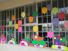 Clown Crafts, Carnival Crafts, Class Decoration, School Decorations, Diy And Crafts, Crafts For Kids, Paper Crafts, School Projects, Projects To Try