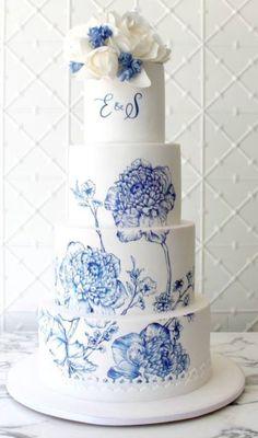 Featured Cake: Faye Cahill Cake Design; Wedding cake idea. #floralweddingcakes
