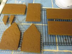 best gingerbread house making tutorial ever.