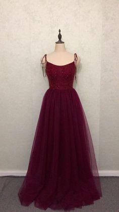 Elegant Burgundy Sleeveless Tulle Prom | Fashiondressy Outfit Designer, Designer Dresses, Tulle Prom Dress, Prom Dresses, Burgundy Bridesmaid Dresses, Indian Gowns Dresses, The Dress, Beautiful Dresses, Awesome Dresses