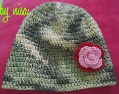 green baby hat