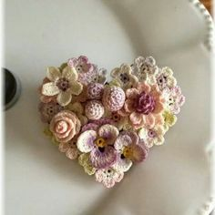 Heart-shaped brooch lace flower Showpiece for inspiration by Lunarheavenly from the Japanese site Creema. Source: http://bit.ly/1pVs4Qv #inspiration
