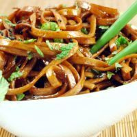 Copycat recipe for Japanese pan noodles from Noodles and company