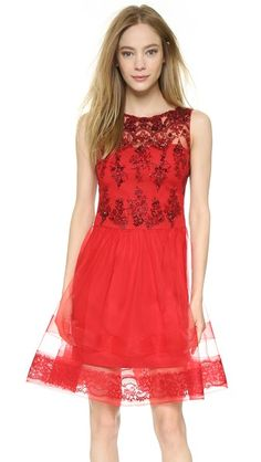 Marchesa Notte Sleeveless Lace Cocktail Dress