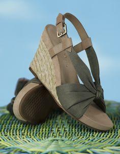 8f7037d286e5 Aerosoles Plush Pillow....Most comfortable shoes