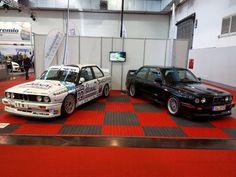いいね!345件、コメント5件 ― Maik Lehnickerさん(@nordschleife_video.de)のInstagramアカウント: 「Und hier noch zwei Schönheiten im direkten Vergleich. Der BMW M3 E30 als Serien und als DTM…」