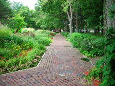 Stolley Park Arboretum. Grand Island, Nebraska. #GINE