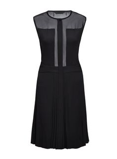 Black dress from #KarlLagerfeld I available at #DesignerOutletParndorf