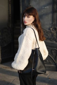 H / Laura Matuszczyk: Raw lambswool, blogger fashion ,black &white, casual, chic, black, dark hair with fringe