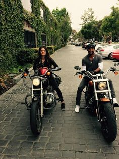 Marie Avgeropoulos and Ricky Whittle