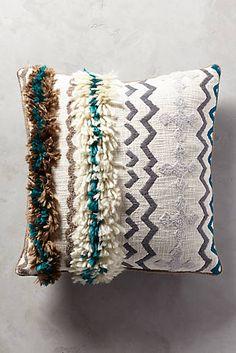 Ariany Pillow