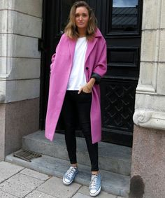 20 Ways to Wear Colored Converse - bright pink winter coat + white shirt, black skinnies and blue converse