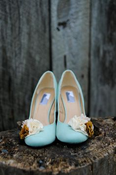 blue wedding shoes - these are cute (without the flowers)