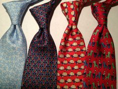 Los 8 nudos de corbata que todo hombre debe de saber. http://keymag.mx/2015/03/27/18formasdeatarunacrbata/ Click the web link to read.