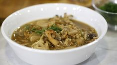Martha Stewart shows us how to make mushroom soup from scratch, adding farro to make a delicious, filling meal.