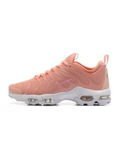 Nike Air Max Plus TN Femme Chaussures Rose Blanc Nike Air Max Tn, Nike Air Max Plus, Air Max Plus Tn, Air Max Sneakers, Sneakers Nike, Cher, Fashion, Bonheur, White People