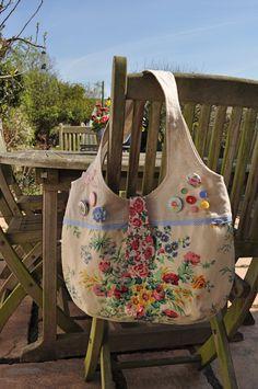 Vintage material  amp  buttons Handbag Patterns f443d20906946